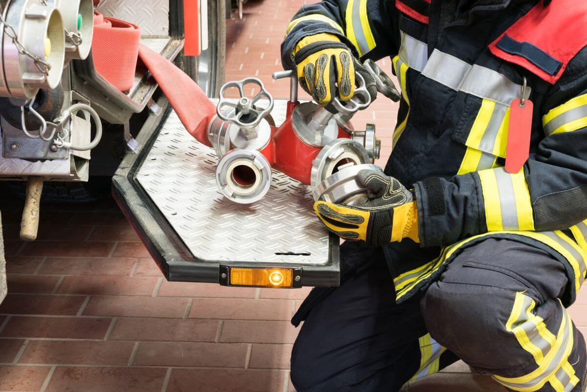 Проверка и обслужване на пожарен кран